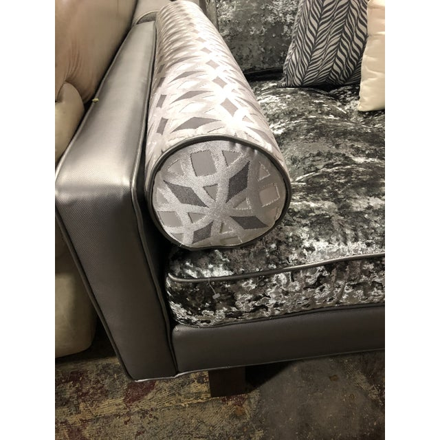 Animal Skin Modern Contemporary Crushed Velvet Daybed Sofa For Sale - Image 7 of 13