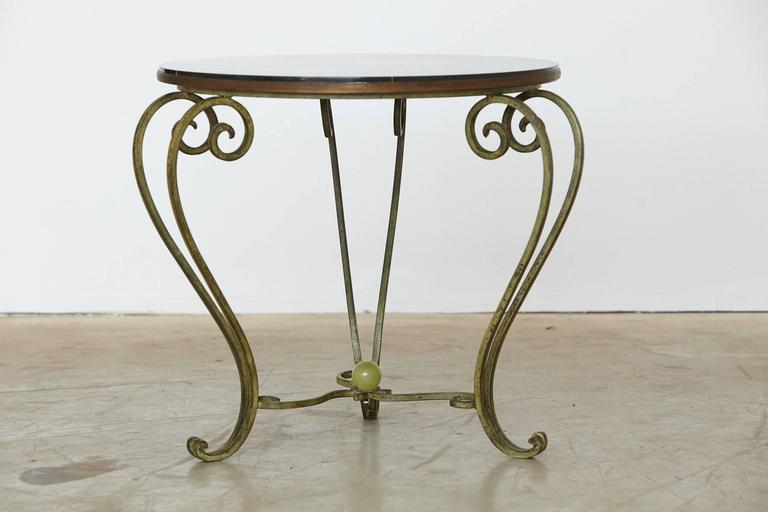 Merveilleux 1940s Wrought Iron Side Table With Black Marble Top With Geometric Inlays,  Circa 1940s For