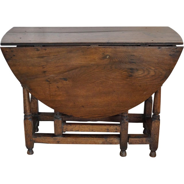 English Traditional 18th Century English Oak Drop Leaf Gateleg Table For Sale - Image 3 of 13