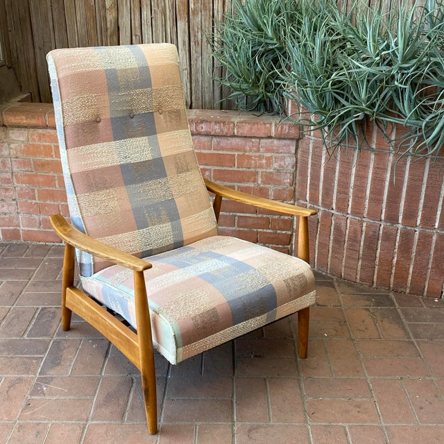 Mid-Century Modern Milo Baughman for James Inc Recliner Lounge Chair For Sale - Image 11 of 12