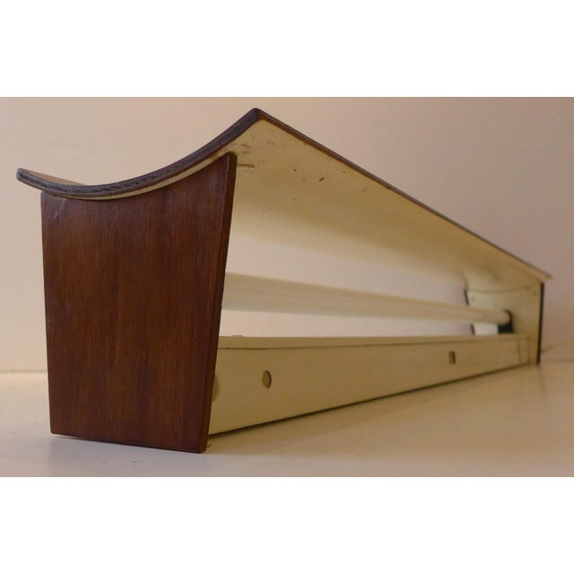 Mid-Century Modern Wall-Mounted Fixture by Bill Lam For Sale - Image 3 of 10
