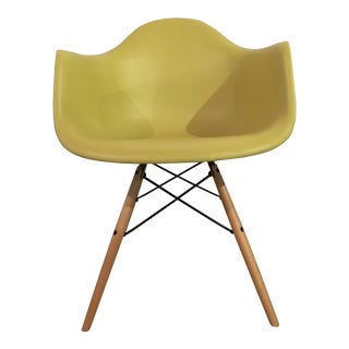 Herman Miller Eames Molded Plastic Armchair with Dowel Base For Sale