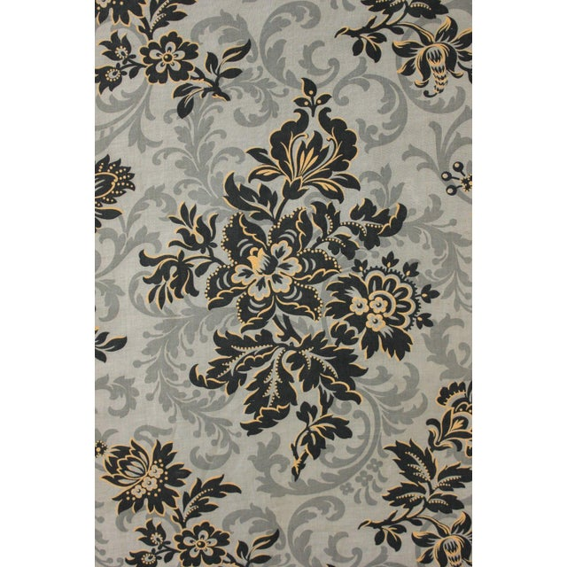Antique 1890s French Art Nouveau Gray & Black Floral Linen and Cotton Fabric For Sale - Image 6 of 6