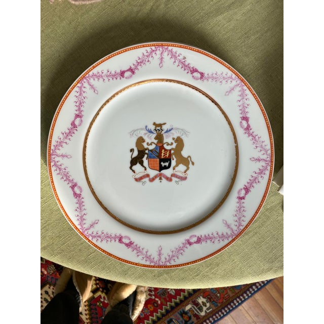 Gorgeous, very rare hand painted coat of arms plates from the 1800's. Great condition! Enjoy!