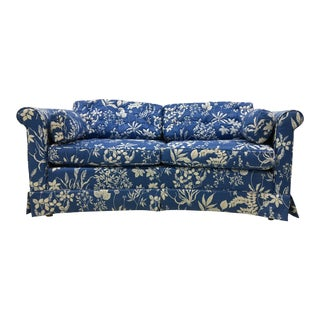 1970s Ethan Allen Hollywood Regency Chinoiserie Blue & White Floral Crescent Loveseat Sofa For Sale