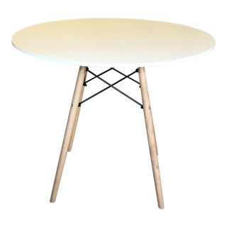 White Modern Cafe Table For Sale