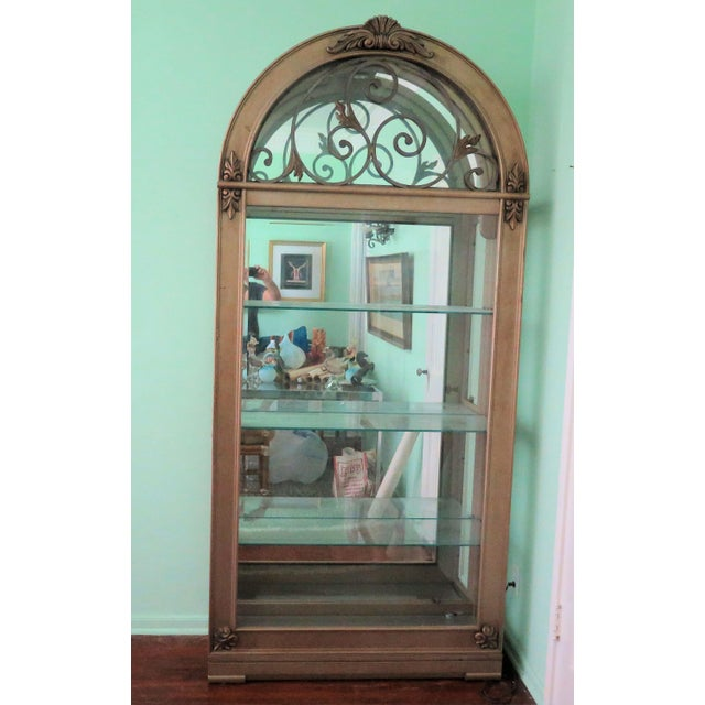 Gold Hollywood Regency Display Case For Sale - Image 8 of 8