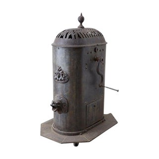 19th Century French Cast Iron Water Pump Fountain For Sale