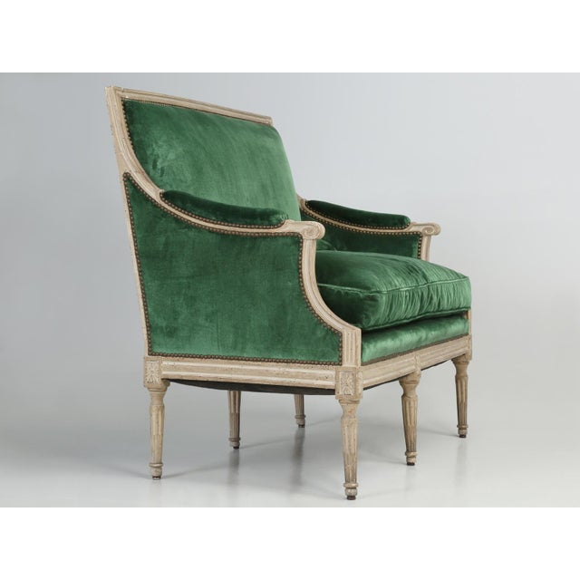 French Original Paint French Louis XVI Style Settee For Sale - Image 3 of 11