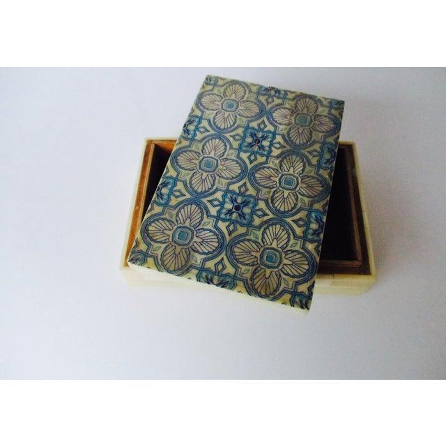Blue & White Inlaid Bone Jewelry Box - Image 2 of 8