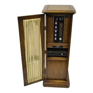 1970s Mid-Century Modern Magnavox Stereo Radio 8 Track Pedestal Cabinet Console Stand For Sale