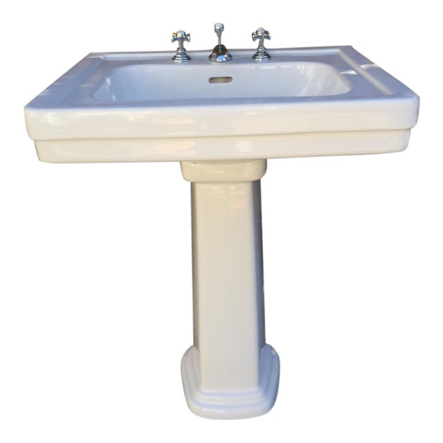 Traditional Toto Promenade Pedestal Sink - Image 1 of 5