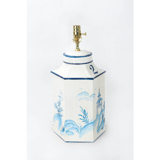 """Chinoiserie Vintage English Export Chinoiserie Blue & White Tole Hexagon Tea Caddy Lamp """"#2"""" For Sale - Image 3 of 7"""