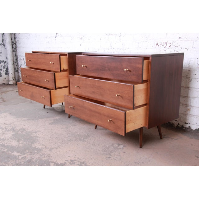 Brown Paul McCobb Planner Group Three-Drawer Bachelor Chests or Large Nightstands, Pair For Sale - Image 8 of 13