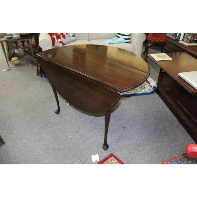 Traditional 20th Century Traditional Stained Cherry Drop Leaf Table For Sale - Image 3 of 6