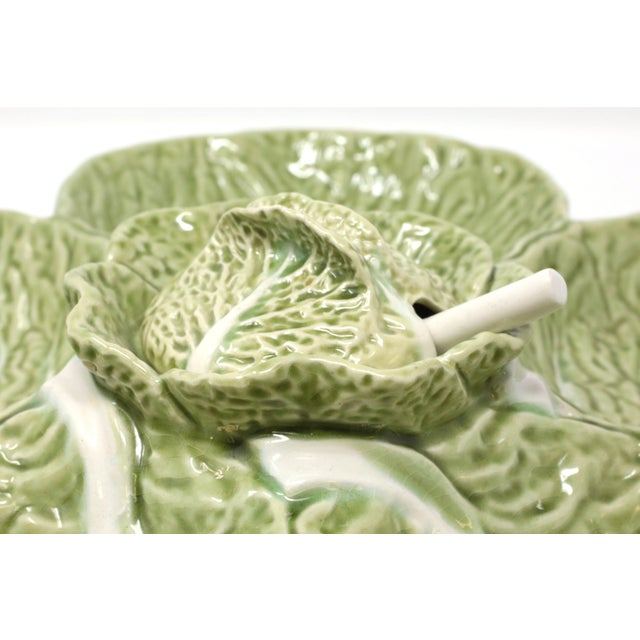 """1970s Vintage 15"""" Bordallo Pinheiro Majolica Green Cabbage Leaf Chip and Dip Cabbage Leaf Serving Platter With Spoon 3 Piece Set For Sale - Image 5 of 11"""