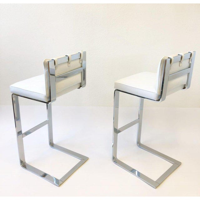 Milo Baughman Pair of Chrome and Leather Barstool by Milo Baughman For Sale - Image 4 of 10