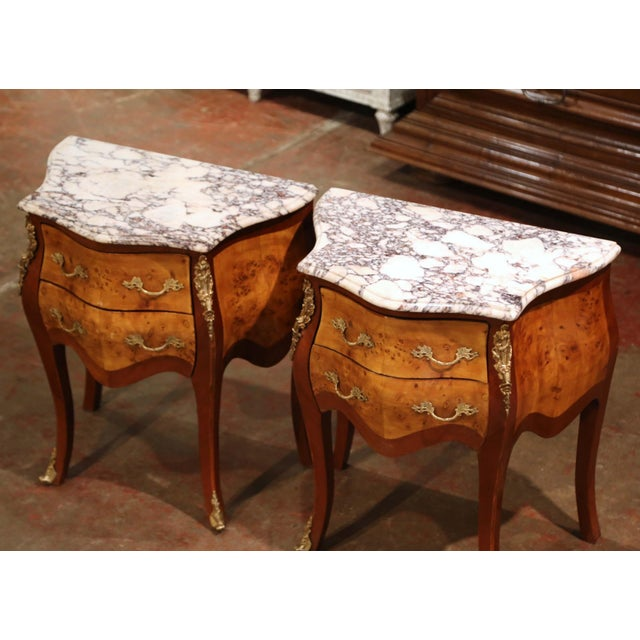 French Vintage Louis XV Burl Walnut Bombe Nightstands Chests With Marble Top - a Pair For Sale - Image 3 of 11