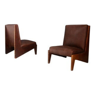 Pair of Midcentury Italian Armchairs Attributed to Bbpr in Walnut and Leather. For Sale