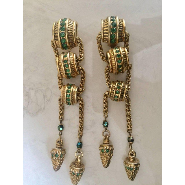 Modern 1980s Claire Dévé Gold Green Crystal Shoulder Duster Earrings For Sale - Image 3 of 7