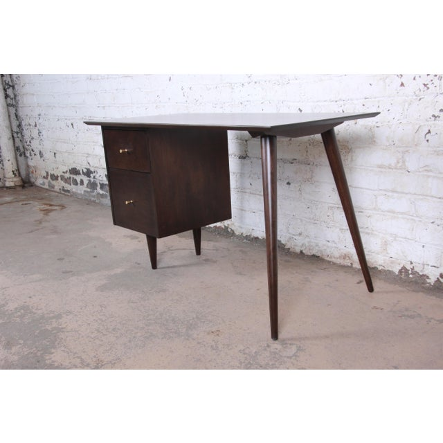 Paul McCobb Mid-Century Modern Planner Group Desk and Chair, Newly Restored For Sale In South Bend - Image 6 of 13