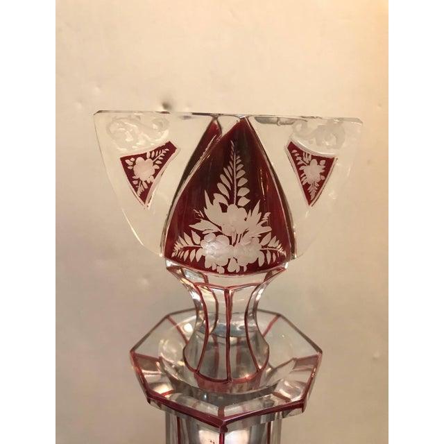 1920s 1920s Edwardian Violet Engraved Glass Decanter For Sale - Image 5 of 7