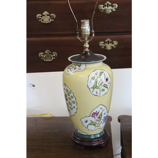 Early 20th Century Chinese Yellow Lamps - a Pair For Sale In New York - Image 6 of 8
