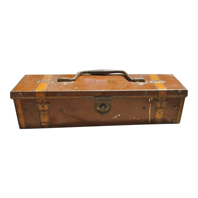 Early 20th Century Antique Huntley and Palmers Biscuit Tin For Sale
