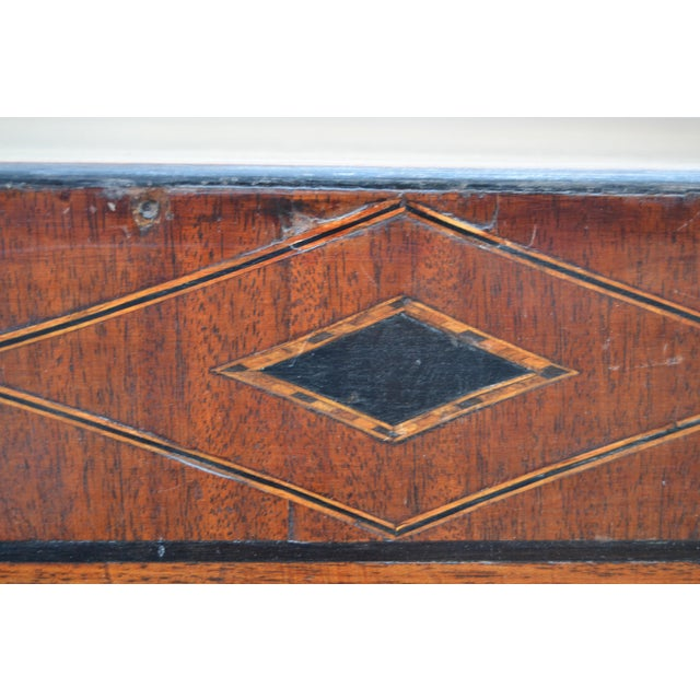 English Regency Chest of Drawers For Sale - Image 4 of 10