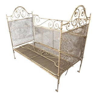 Early 20th Century Antique Painted Daybed For Sale