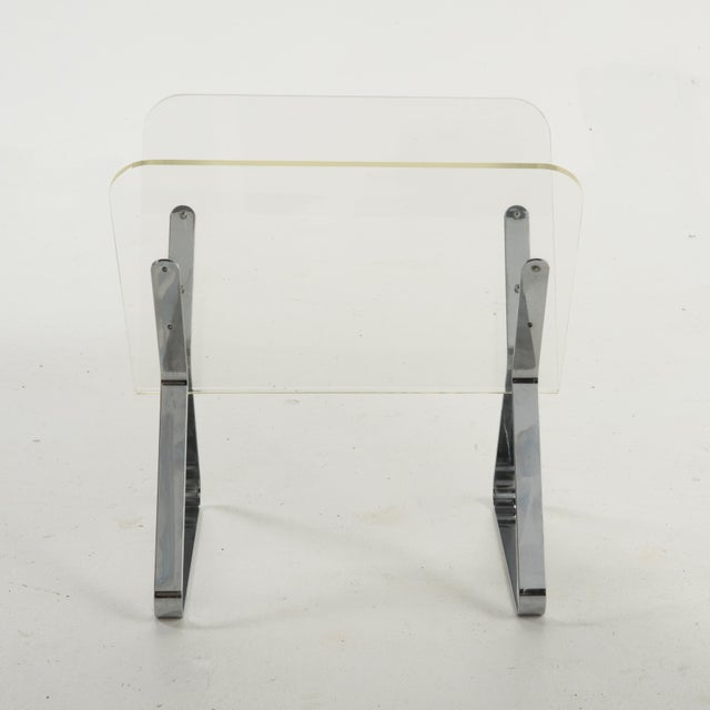 Mid-Century Modern 1970s Milo Baughman Style Lucite and Chrome Magazine Stand For Sale - Image 3 of 9