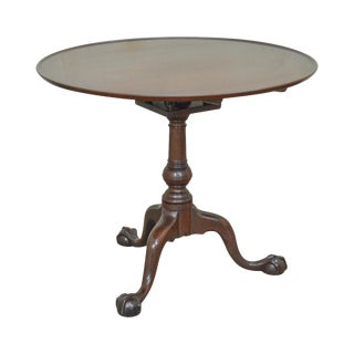Kittinger Colonial Williamsburg Solid Mahogany Chippendale Ball & Claw Tilt Top Table For Sale