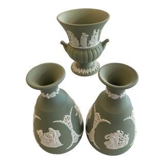 Vintage Wedgwood Green Jasperware Bud Vase Collection, 3-Piece Set For Sale