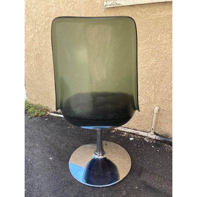 1970s Vintage 1970s Chromcraft Lucite Swivel Chair For Sale - Image 5 of 8