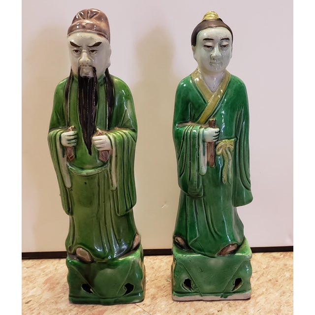 Late 19th Century Chinese Famille Verte Porcelain Scholar and Court Lady Figurines - a Pair For Sale In New Orleans - Image 6 of 6