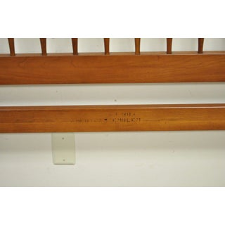 Vintage Monitor American Emblem Solid Cherry Wood Colonial Spindle Full Size Bed Preview