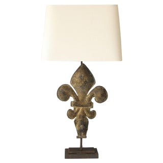 Gilt Tole Fleur-de-Lis Table Lamp For Sale