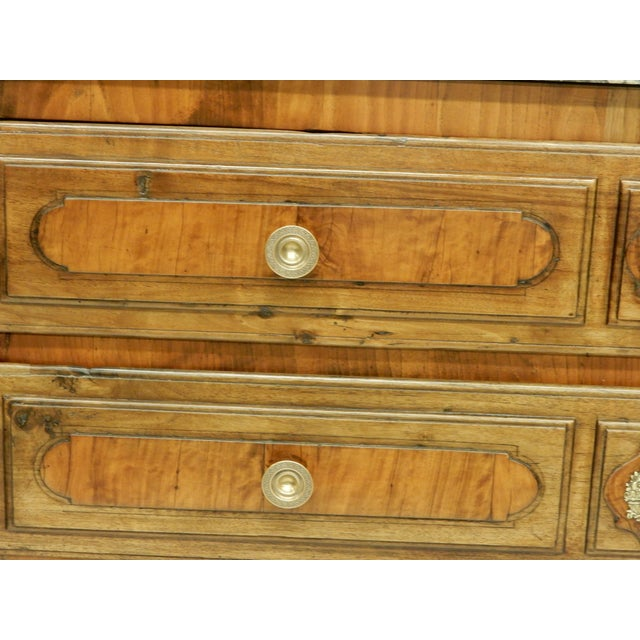 Early Italian Genoese Walnut and Olivewood 19th c.commode For Sale In New Orleans - Image 6 of 8