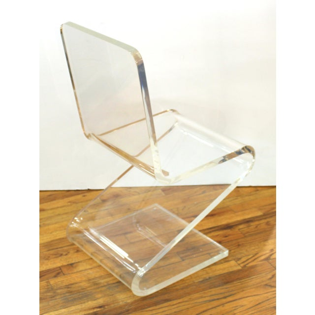 Modern Lucite 'Z' Cantilever Chair For Sale In New York - Image 6 of 11