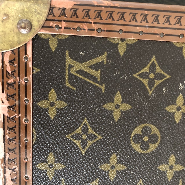 Animal Skin 1980s French Louis Vuitton Canvas and Leather Train Case For Sale - Image 7 of 12