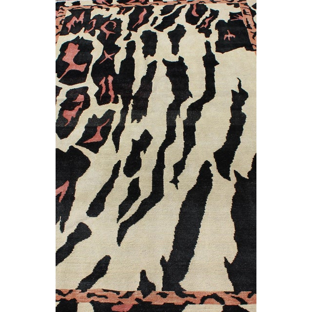 Textile Keivan Woven Arts Zebra Print Mid-Century Modern Design Rug- 4′7″ × 7′6″ For Sale - Image 7 of 12