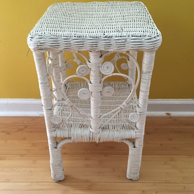 White Wicker Scrolling Detail Side Table - Image 2 of 6