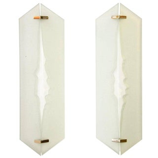 Fontana Arte, Pair of Wall Lights in Glass and Sandblasted Glass, 1960s