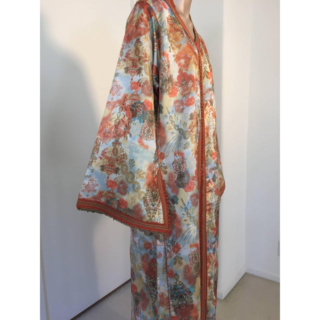 Metal Moroccan Floral Brocade Multicolored Embroidered Kaftan, 1970s, Caftan For Sale - Image 7 of 11