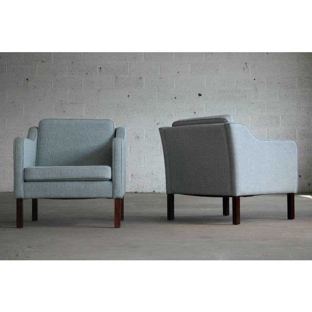 Børge Mogensen Model 2421 Style Danish Lounge Chairs in Cornflower Blue Wool For Sale - Image 10 of 13