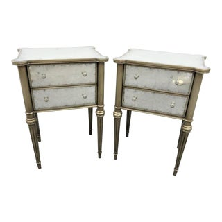 Frontgate Hollywood Regency Mirrored Silver Gilt Nightstands/A Pair For Sale