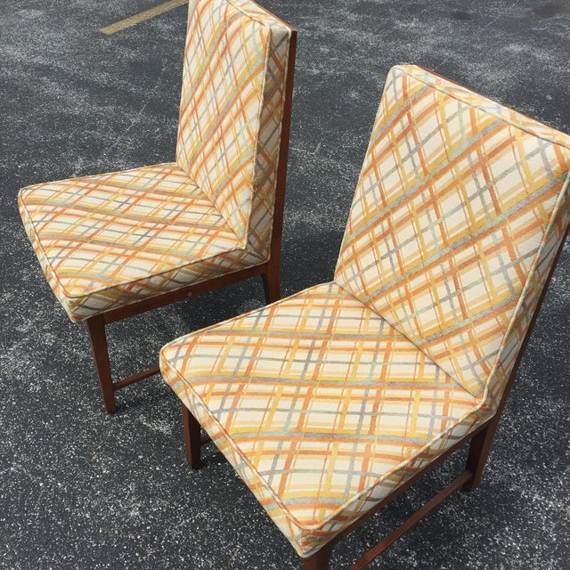 Thomasville Founders Parson Chairs - A Pair - Image 9 of 11