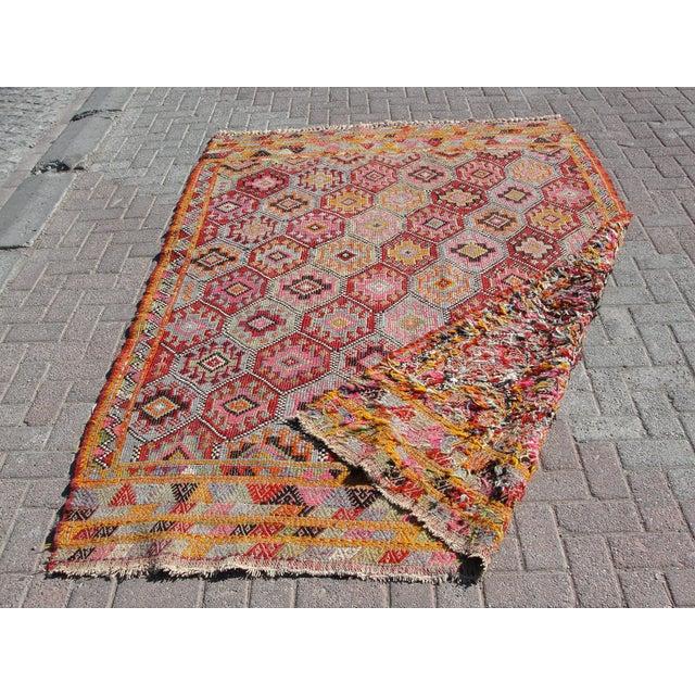 Vintage Turkish Kilim Rug -5′10″ × 8′3″ For Sale - Image 11 of 11