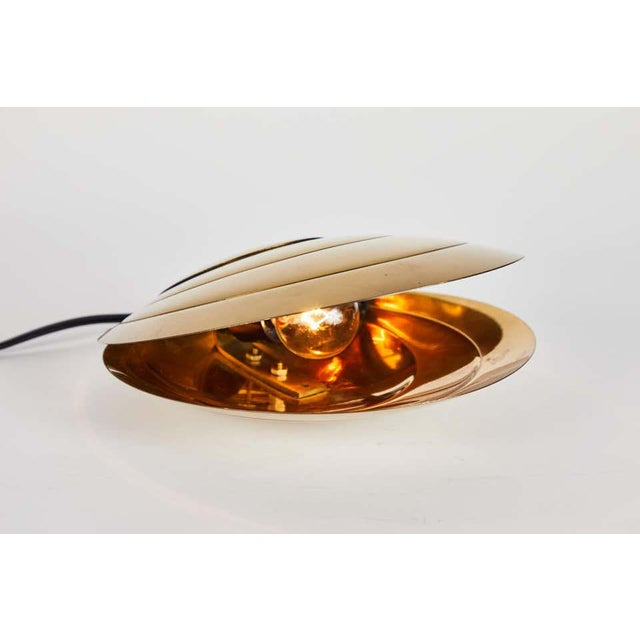 1960s Brass Clamshell Table Lamp by Angelo Brotto For Sale In Los Angeles - Image 6 of 13