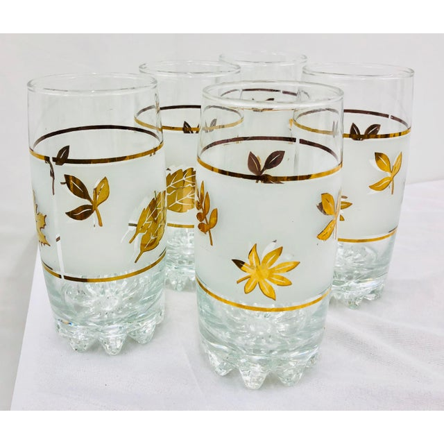 Mid-Century Modern Vintage Mid-Century Gold Leaf High Ball Cocktail Tumbler Glasses - Set of 5 For Sale - Image 3 of 5